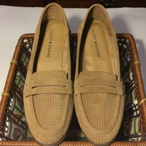 NEW LUCKY BRAND CAYLON SUEDE FLAT/LOAFER SIZE 7.5M